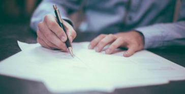 Getuigschrift; wat moet daar in staan en is het verplicht?